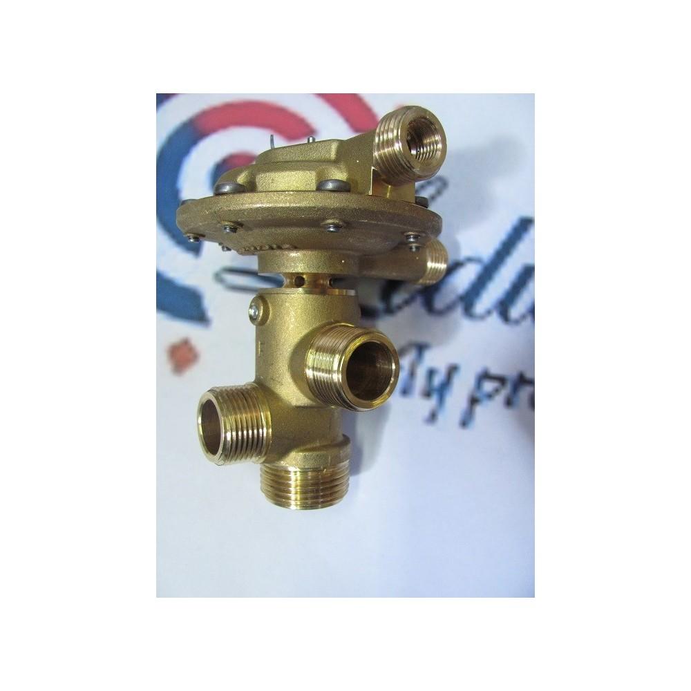 Třícestný ventil membránový F