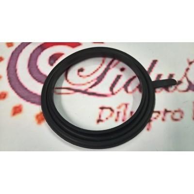 Těsnící kroužek s límcem