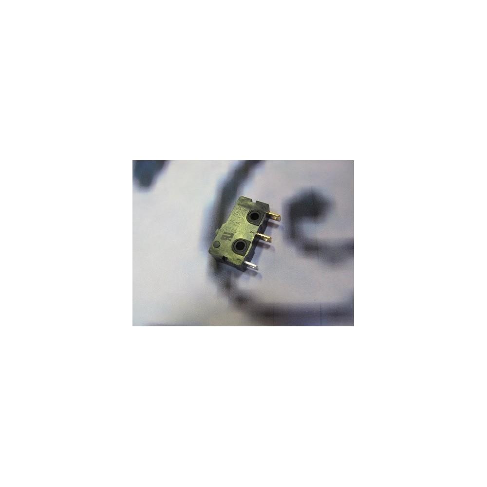Mikrospínač SPDT 250V 100mA UM10E10A01